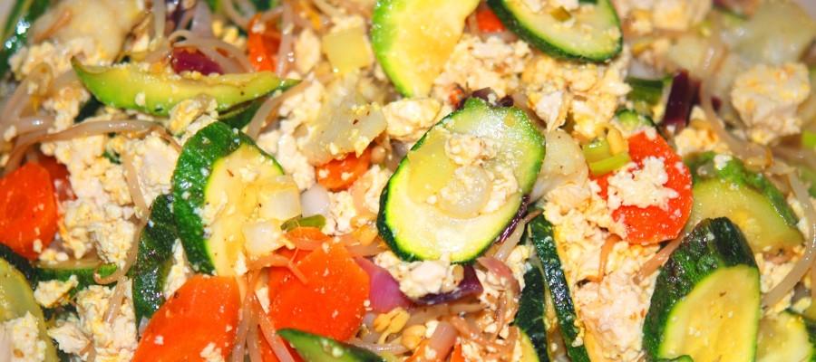 Tofu strapazzato con verdure